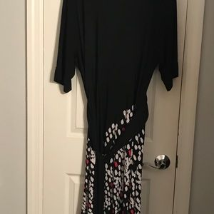 Faux wrap dress, black with geometric pattern